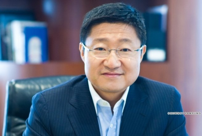 Gregory Lee was appointed CEO of Samsung Asia Pte Ltd in January 2010. He heads the regional headquarters for all Samsung Electronics' businesses in Southeast Asia and Oceania.