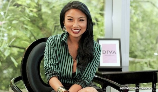 TV personality, celebrity stylist and makeup artist to Hollywood A-Listers Jeannie Mai shares with us some very essential fashion tips.