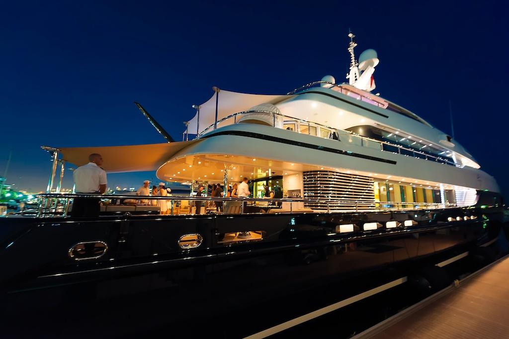 Cloud 9 200 foot super yacht Singapore 211